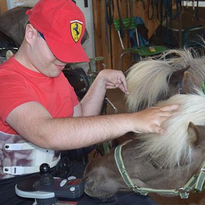 Tiergestützte Intervention Schule am Bauernhof